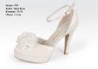 ... Svatební boty -GRAF 076 Satin ivory květ- podměrná 3dec0162f7