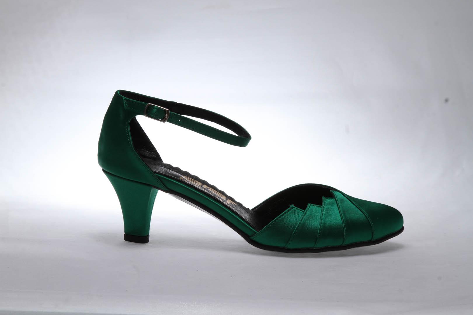 b38c003fad4 Společenské boty - GRAF 877 satén zelený - podměrná